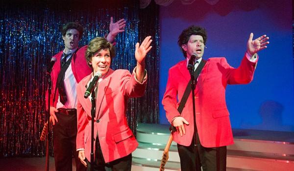 Forbidden-Broadway-Vaudville-Theatre-600x350