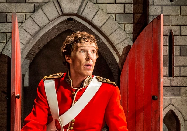cumberbatch hamlet red tunic
