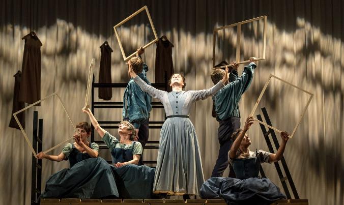 jayne-eyre-national-theatre-tour-glasgow-theatre-royal